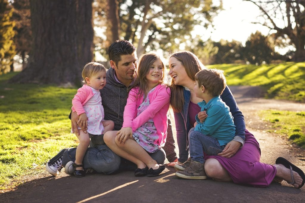 Family photo taken in Yatton park by Tauranga children and family photographer Susanna